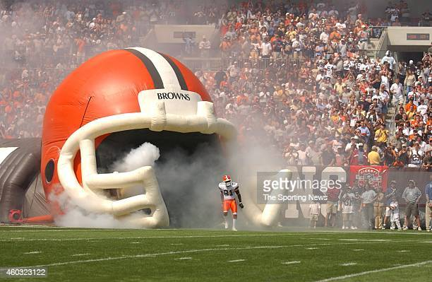 Quincy Morgan of the Cleveland Browns makes his way out to the field before a game against the Indianapolis Colts on September 08 2003 at the...