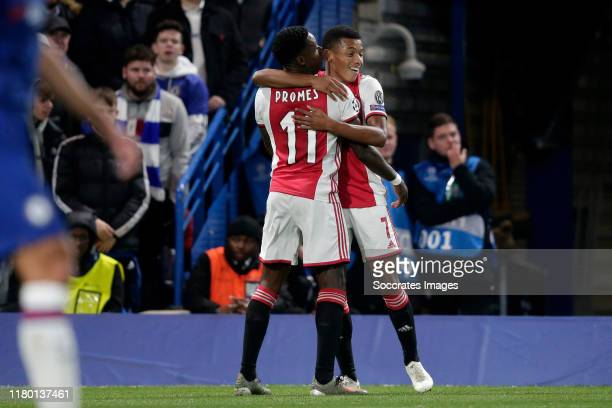 Quincy Promes of Ajax, David Neres of Ajax during the UEFA Champions League match between Chelsea v Ajax at the Stamford Bridge on November 5, 2019...