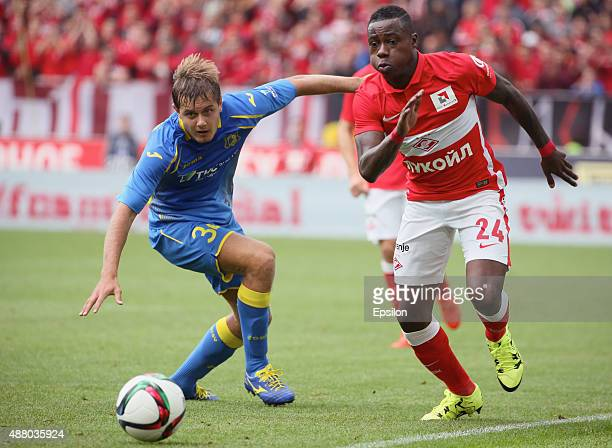 Quincy Promes of FC Spartak Moscow challenged by Timofei Margasov of FC Rostov RostovonDon during the Russian Premier League match between FC Spartak...