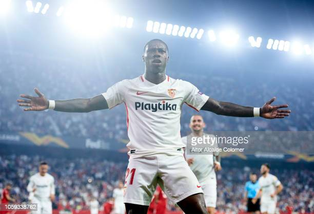 Quincy Promes of Sevilla FC celebrates after scoring his team's third goal during the UEFA Europa League Group J match between Sevilla and Akhisar...