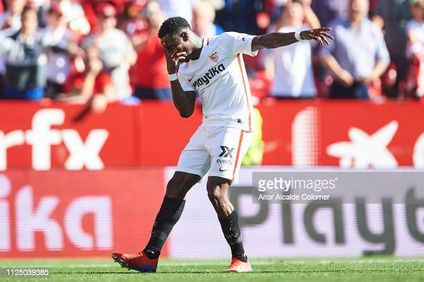 Quincy Promes of Sevilla FC celebrates after scoring the fifth goal for Sevilla FC during the La Liga match between Sevilla FC and Levante UD at...