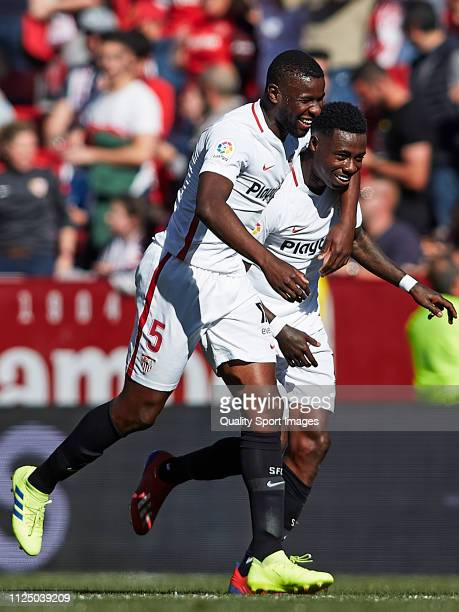Quincy Promes of Sevilla FC celebrates scoring his team's fourth goal with team mates during the La Liga match between Sevilla FC and Levante UD at...