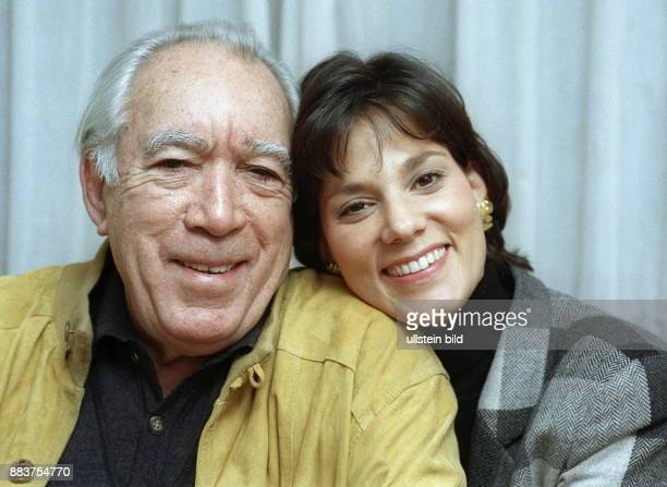 Quinn Anthony * Actor painter and writer USA with his partner and later wife Kathy Benvin notavailableforUSAandGreatbritain 1997 Photographer...