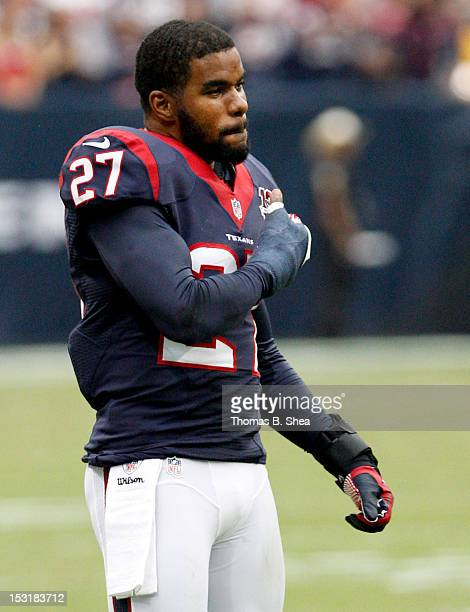 Quintin Demps of the Houston Texans celebrates a Texans touchdown against the Tennessee Titans on September 30, 2012 at Reliant Stadium in Houston,...