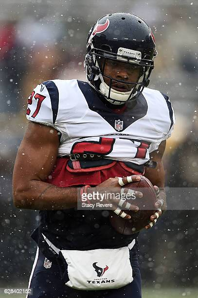 Quintin Demps of the Houston Texans participates in warmups prior to a game against the Green Bay Packers at Lambeau Field on December 4, 2016 in...