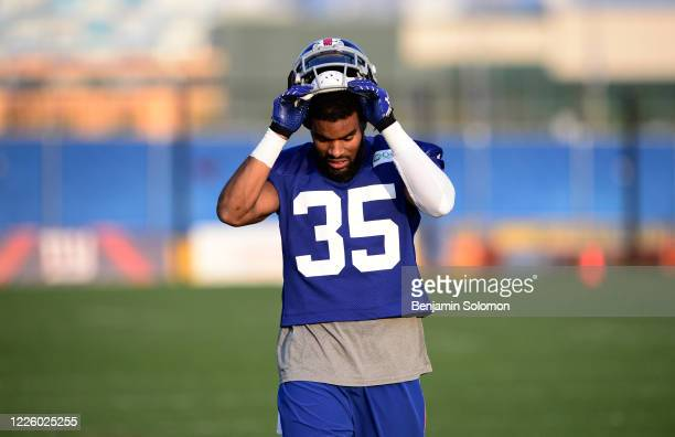 Quintin Demps of the New York Giants at Quest Diagnostics Training Center on August 7, 2014 in East Rutherford, New Jersey.