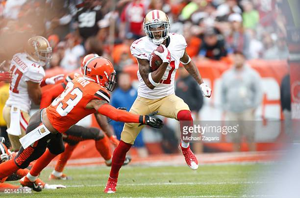 Quinton Patton of the San Francisco 49ers returns a kickoff during the game against the Cleveland Browns at Browns Stadium on December 13 2015 in...