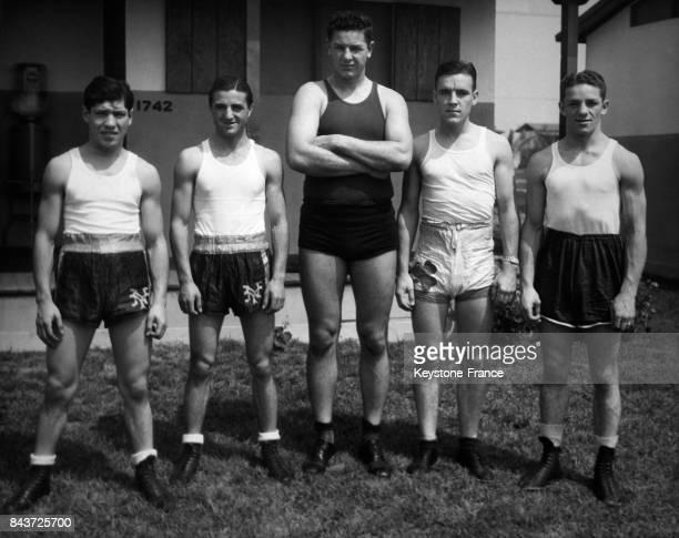 L'équipe de boxeurs amateurs américains au Village Olympique le 26 juillet 1932 à Los Angeles CA