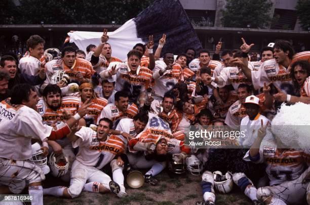 équipe des Castors lors d'une rencontre de football américain le 25 juin 1988 à Paris, France.