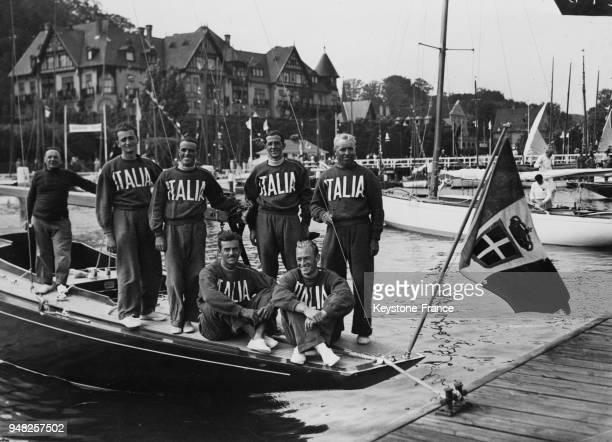 L'équipe italienne de yachting qui a participé aux jeux olympiques à Berlin Allemagne en 1936