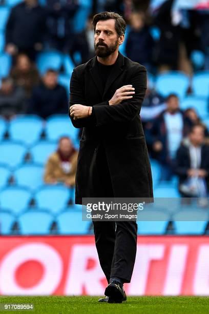 Quique Sanchez Flores the manager of RCD Espanyol looks on prior to the La Liga match between Celta de Vigo and Espanyol at Balaidos Stadium on...