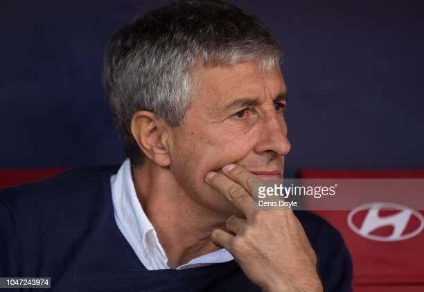 Quique Setien head coach of Real Betis Balompie looks on before the La Liga match between Club Atletico de Madrid and Real Betis Balompie at Wanda...