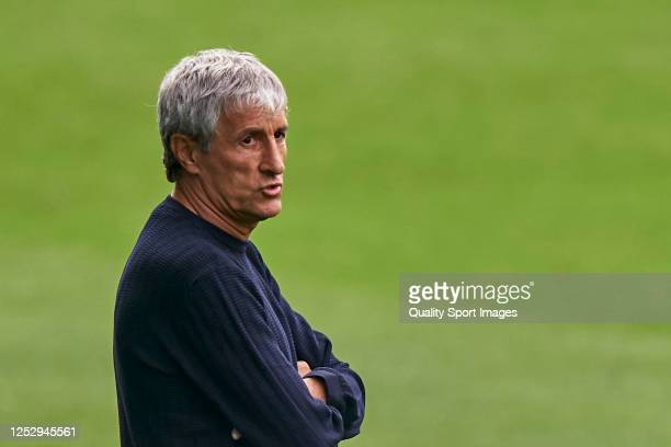 Quique Setien the manager of FC Barcelona looks on during the Liga match between RC Celta de Vigo and FC Barcelona at AbancaBalaídos on June 27 2020...