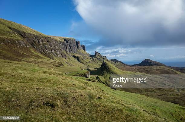 quiraing landscape, isle of skye - vsojoy stockfoto's en -beelden