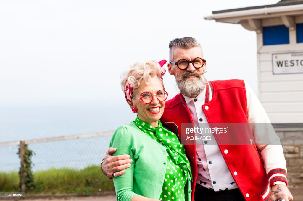 Quirky couple sightseeing, Bournemouth, England : Stock Photo