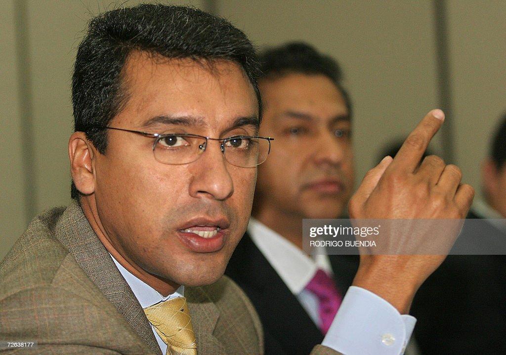 El ex-candidato presidencial por el part : News Photo