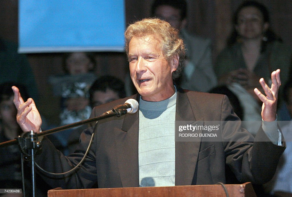 US activist and writer John Perkins, aut... : News Photo