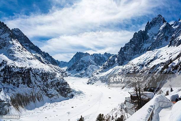 """mer de glace"" glaciar ""mar de hielo"", chamonix, francés - haute savoie fotografías e imágenes de stock"