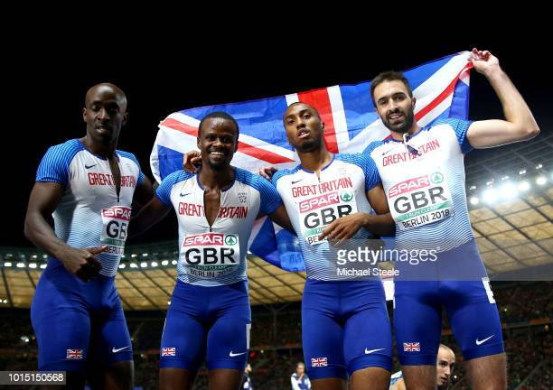 Rabah Yousif Dwayne Cowan Matthew HudsonSmith and Martyn Rooney of Great Britain celebrate after winning the silver medal in the Men's 4 x 400m Relay...