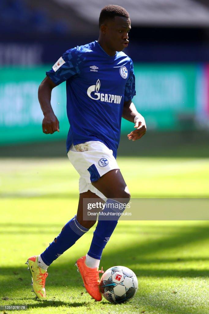 FC Schalke 04 v VfL Wolfsburg - Bundesliga : Nachrichtenfoto