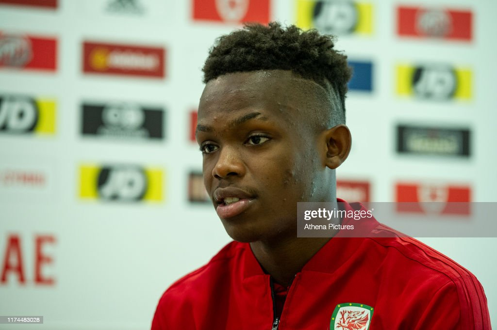 FAW Training Session and Press Conference : News Photo