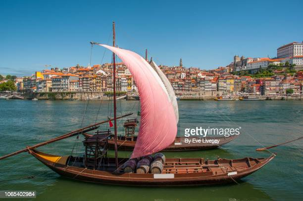 rabelo boats - porto portugal stock pictures, royalty-free photos & images