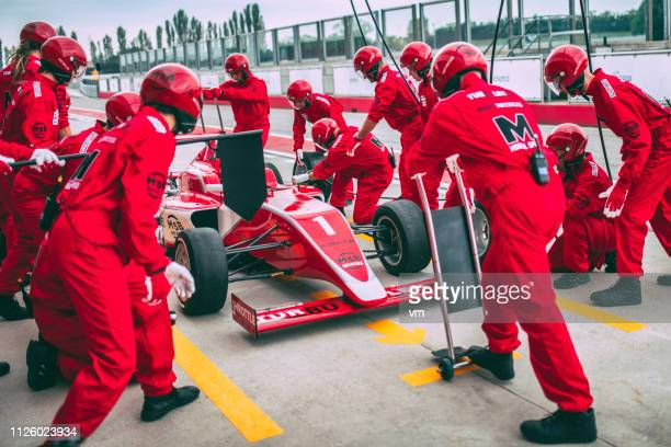 race car pit stop - pit stop stock pictures, royalty-free photos & images
