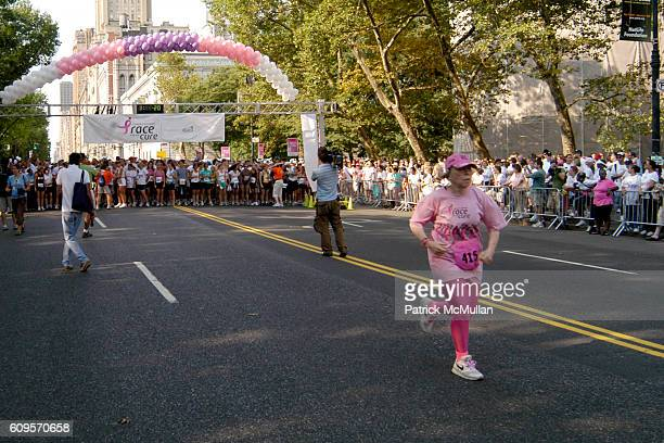 Race for the Cure Start attends ANNE TAYLOR Race For The Cure Team and Survivors at Central Park on September 9 2007 in New York City