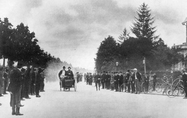 A race from Neuilly to Versailles contested by one...