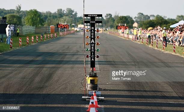Race grid line