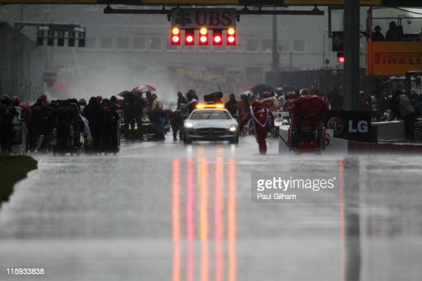 Race is red flagged due to the torrential rain during the Canadian Formula One Grand Prix at the Circuit Gilles Villeneuve on June 12, 2011 in...
