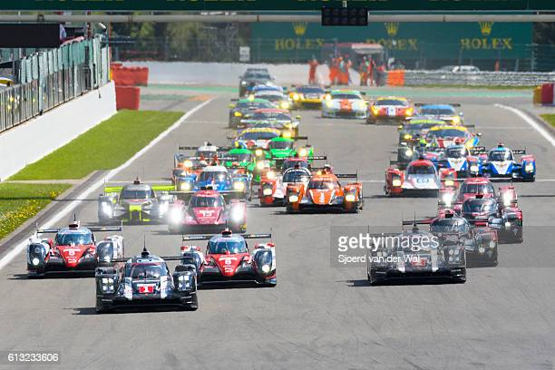 fia wec race start at spa francorchamps - circuit de spa francorchamps stock pictures, royalty-free photos & images