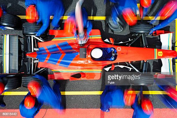 racecar driver at the pit stop - auto racing photos stock pictures, royalty-free photos & images