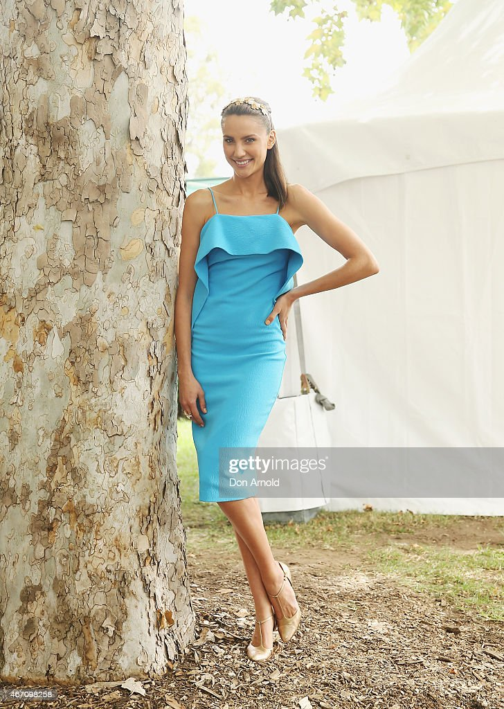 Nicole Richie Judges Golden Slipper Fashions on the Field