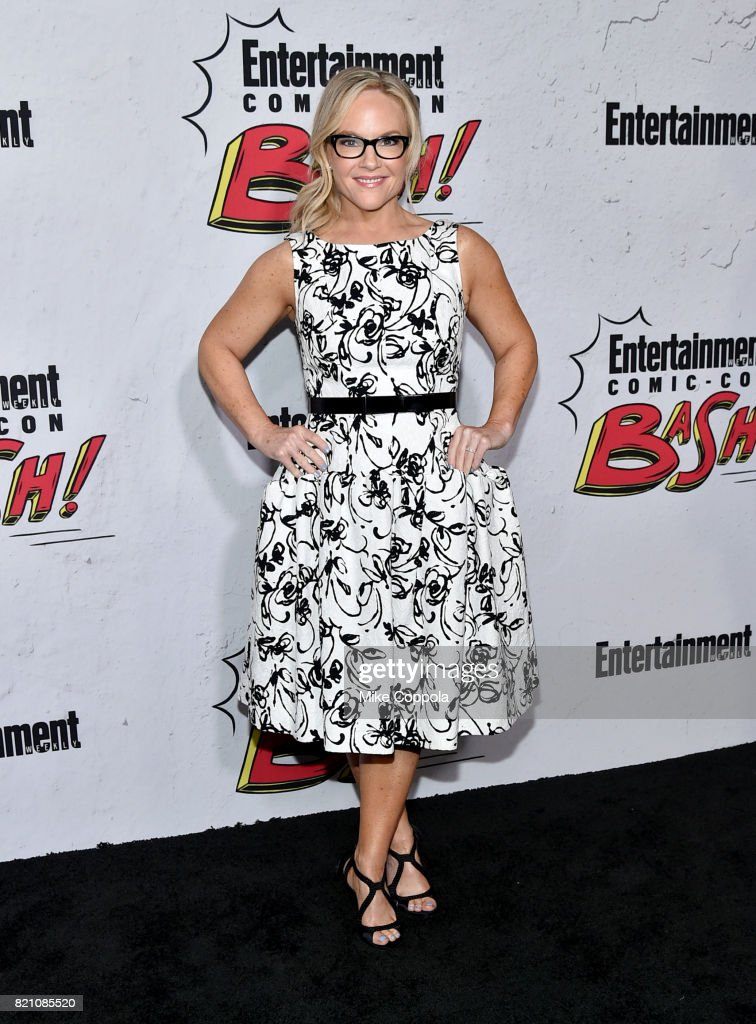 Rachael Harris Photo Gallery