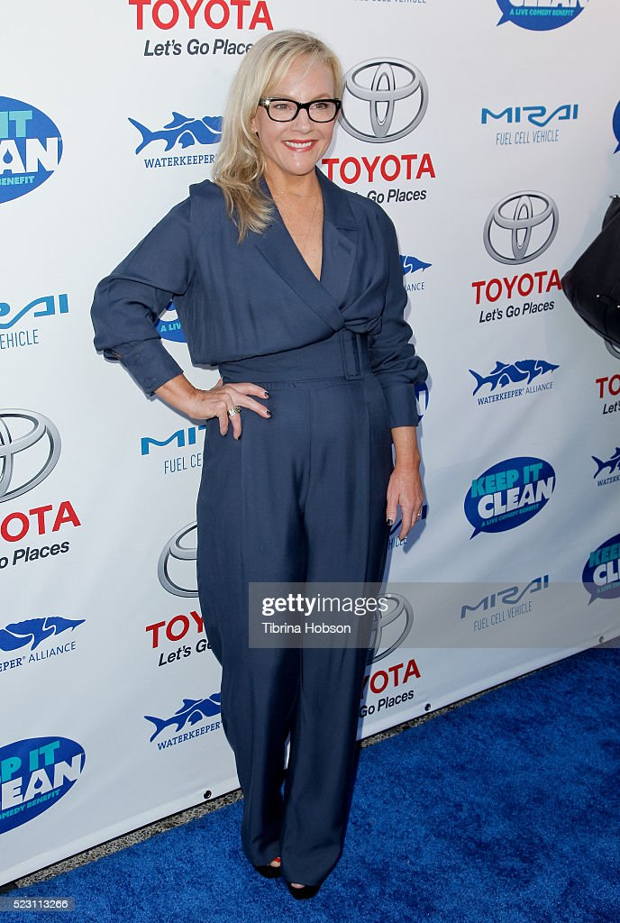 Rachael Harris attends the 'Keep It Clean - A Live Comedy Benefit For Waterkeeper Alliance' at Avalon on April 21, 2016 in Hollywood, California.