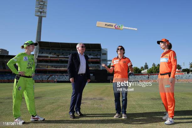 Rachael Haynes of the Thunder and Meg Lanning of the Scorchers look on at the bat toss during the Women's Big Bash League match between the Sydney...