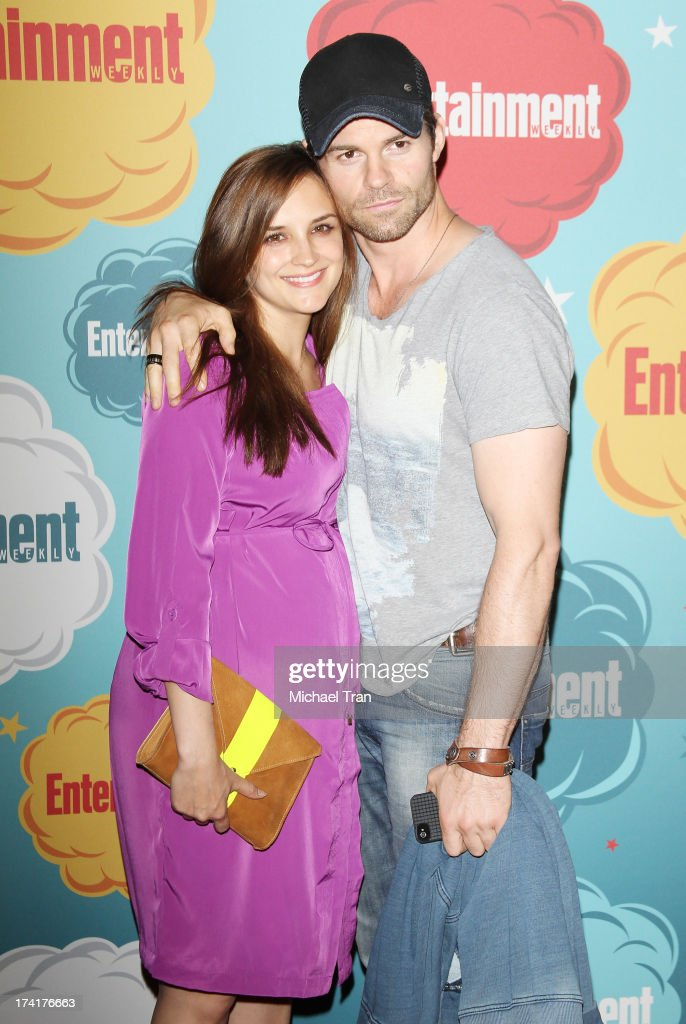 Rachael Leigh Cook (L) and Daniel Gillies arrive at the Entertainment Weekly's Annual Comic-Con celebration held at Float at Hard Rock Hotel San Diego on July 20, 2013 in San Diego, California.