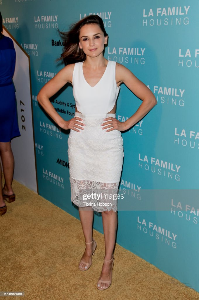 Rachael Leigh Cook attends the LA Family Housing 2017 Awards at The Lot on April 27, 2017 in West Hollywood, California.