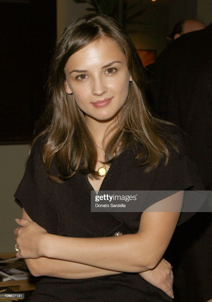 Rachael Leigh Cook during Millennium Promise West Coast Launch Honoring Jeffrey Sachs at Private Home in Beverly Hills, CA, United States.