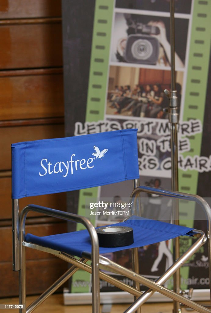 Rachael Leigh Cook Shoots A Short Film With StayFree Girls In The Directoru0027s  Chair