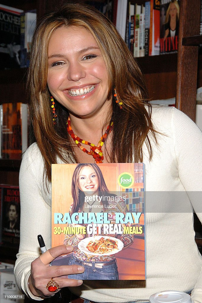 """Rachael Ray Signs Her Book """"30 Minute Get Real Meals"""" at Barnes & Noble in New"""