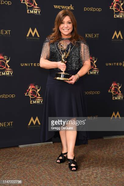 Rachael Ray poses with the Daytime Emmy Award for Outstanding Informative Talk Show during the 46th annual Daytime Emmy Awards at Pasadena Civic...