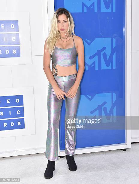 Rachael 'Steak' Finley attends the 2016 MTV Video Music Awards Arrivals at Madison Square Garden on August 28 2016 in New York City