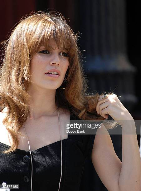 Rachel Bilson on Location for New York I Love You on the streets of Manhattan on April 17 2008 in New York City