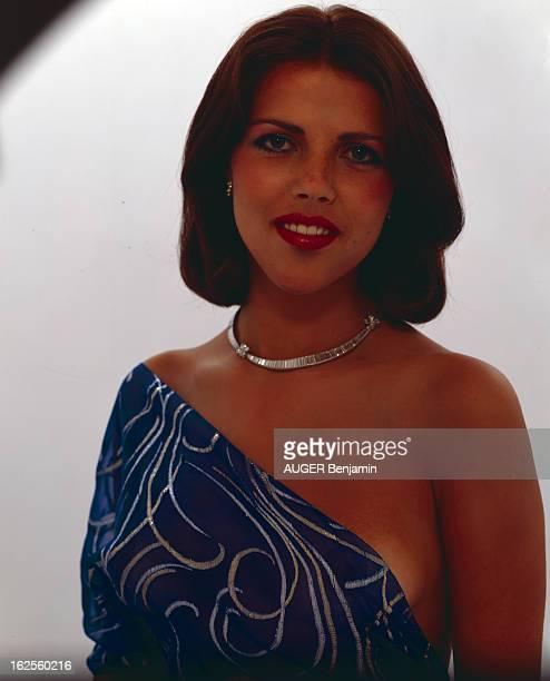 Rachel Braun LookAlike Of Caroline De Monaco En France en septembre 1979 portrait studio de Rachel BRAUN le sosie de Caroline DE MONACO