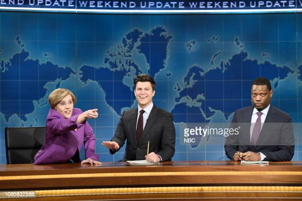 LIVE Rachel Brosnahan Episode 1756 Pictured Kate McKinnon as Elizabeth Warren anchor Colin Jost and anchor Michael Che during Weekend Update on...