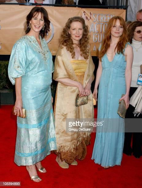 Rachel Griffiths Frances Conroy and Lauren Ambrose