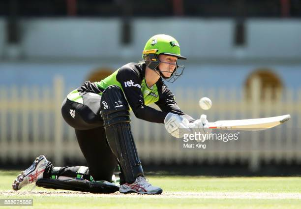 Rachel Haynes of the Thunder bats during the Women's Big Bash League WBBL match between the Melbourne Renegades and the Sydney Thunder at North...