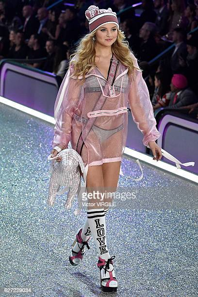 Rachel Hilbert walks the runway during the 2016 Victoria's Secret Fashion Show on November 30 2016 in Paris France